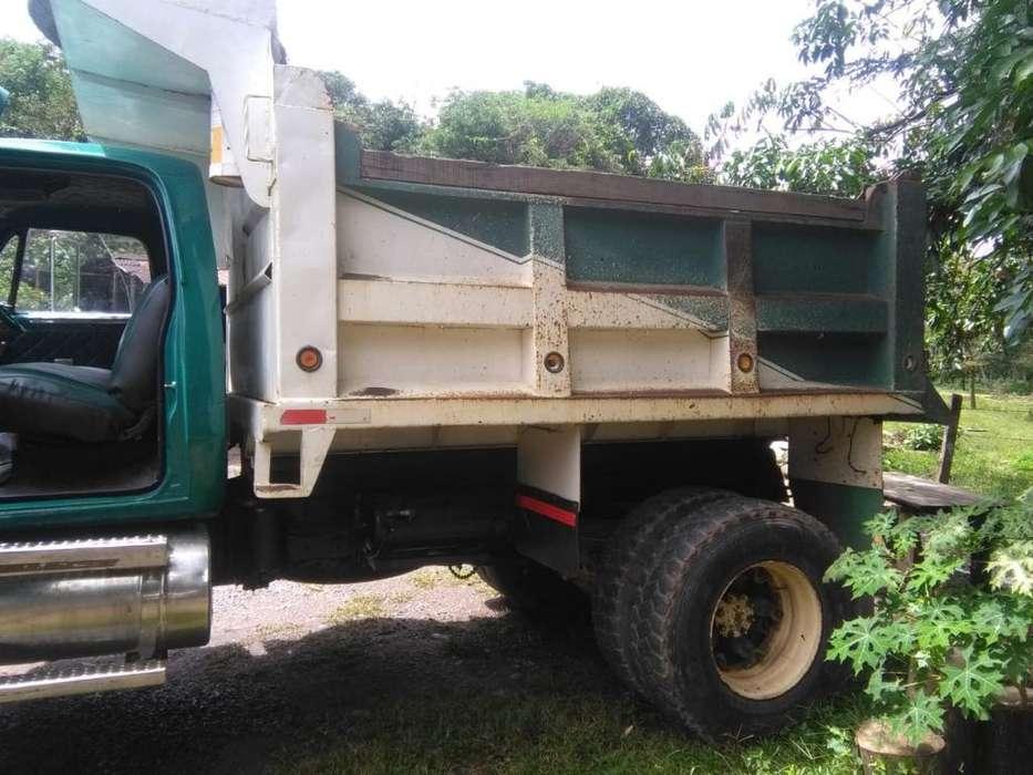 Vendo Volqueta Dodge 1980
