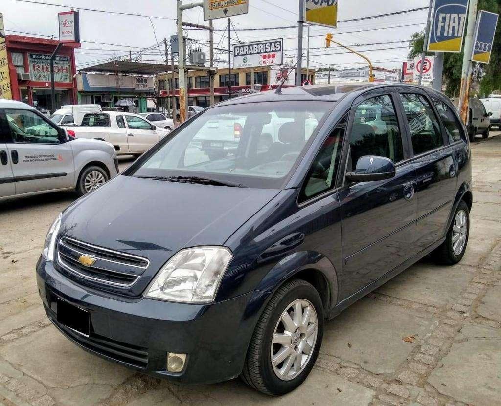 Chevrolet Meriva 1,8 GLS Nafta Año 2010