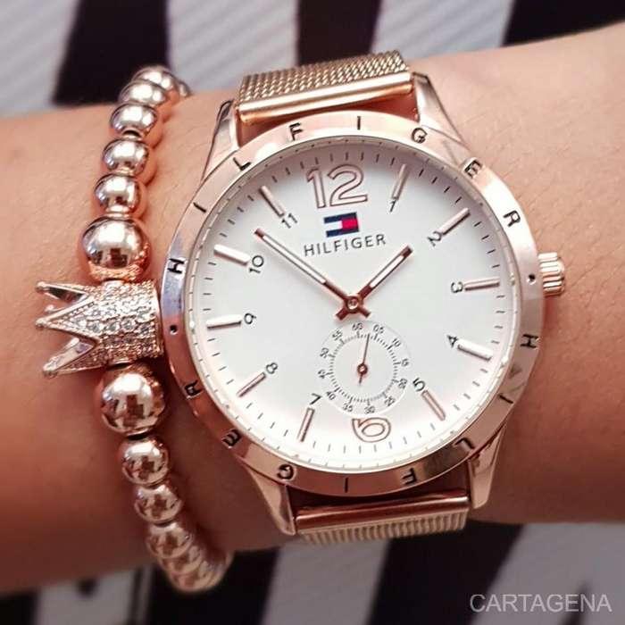 Se vende Tommy rosa con cronografo para mujer