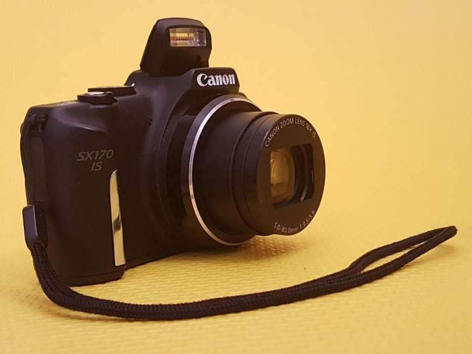 Vendo Camara Canon, sin Uso con Bolso