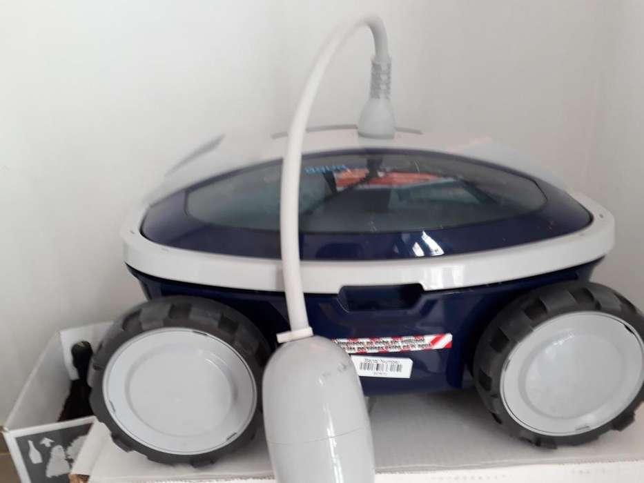 Aquabot i2 Robot limpiafondo de <strong>piscina</strong>s
