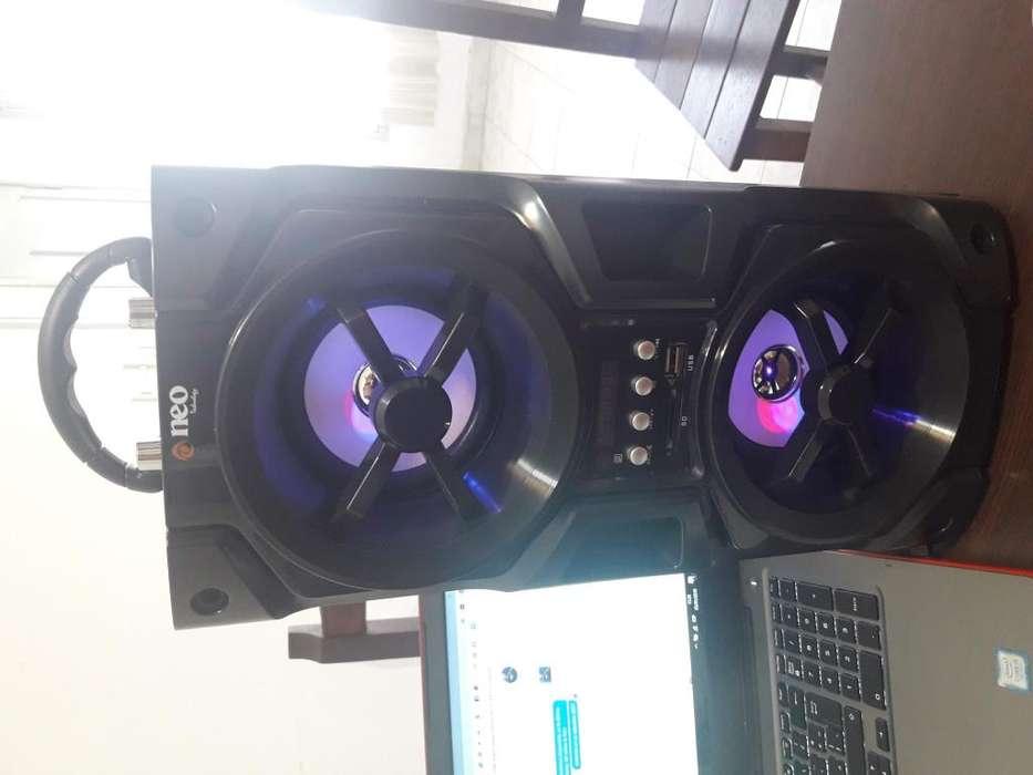 Parlante NEO Bluetooth Radio FM USB Doble Parlante!