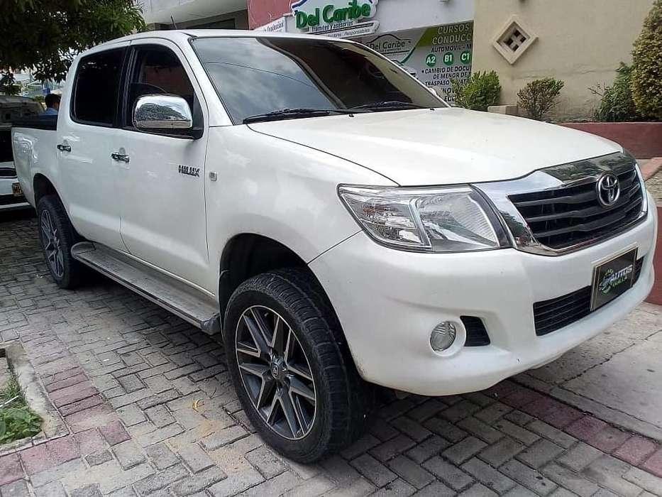 Toyota Hilux 2012 - 87000 km