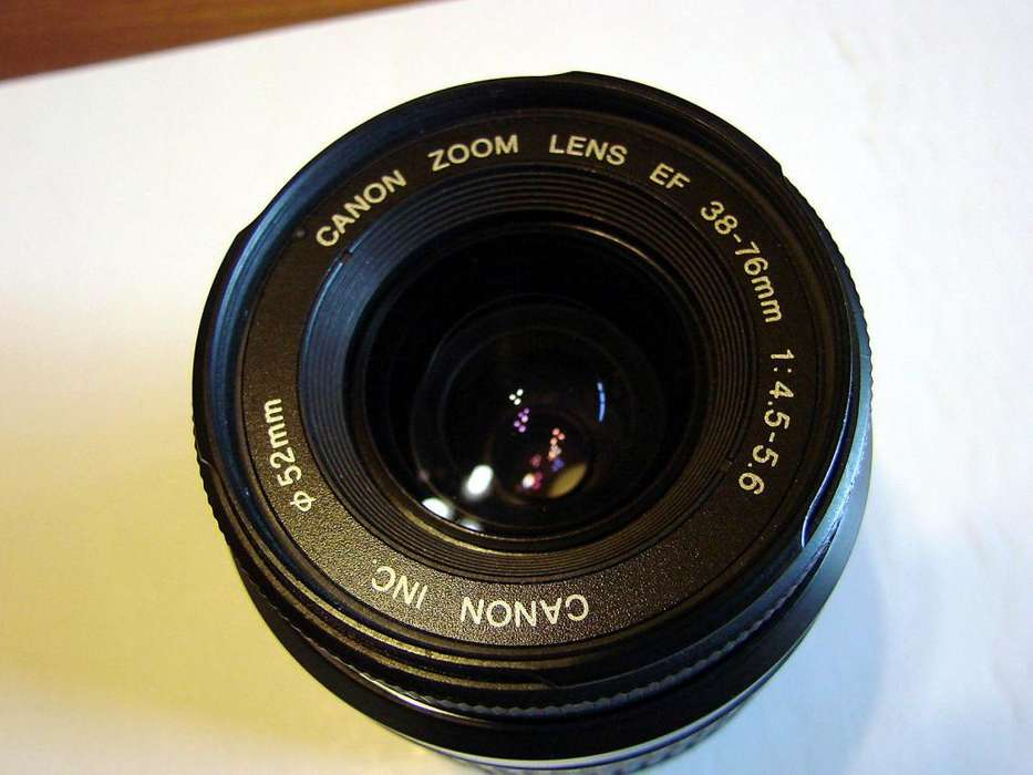 CANON 52 MM.ZOOM 38/76.0,58M/1.9 ft.