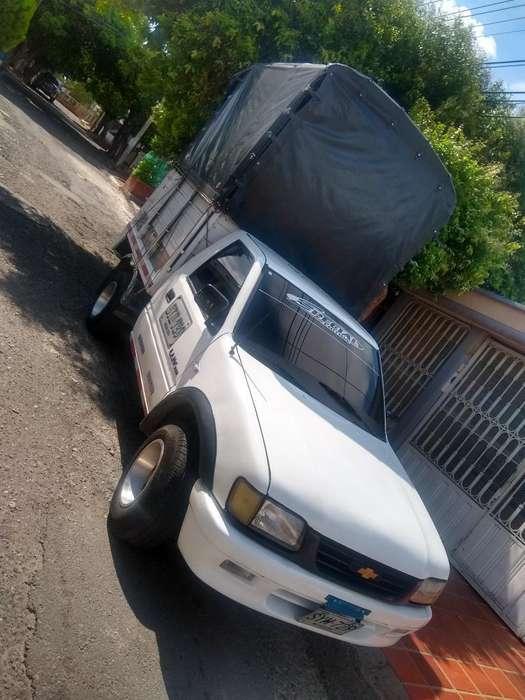 Vendo Chevrolet Luv 2300