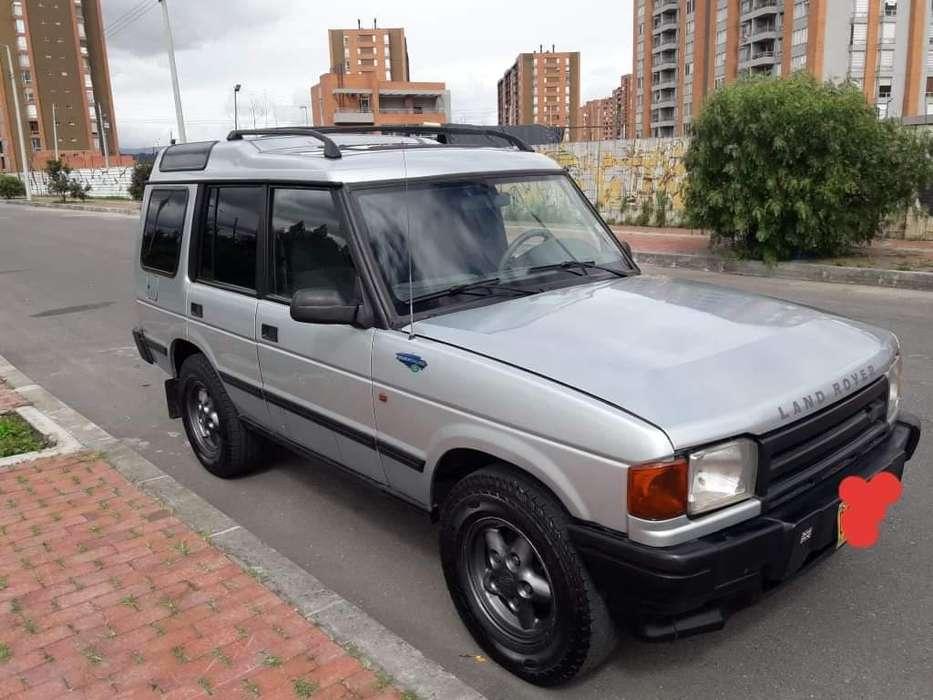 Land Rover Defender 1996 - 194000 km