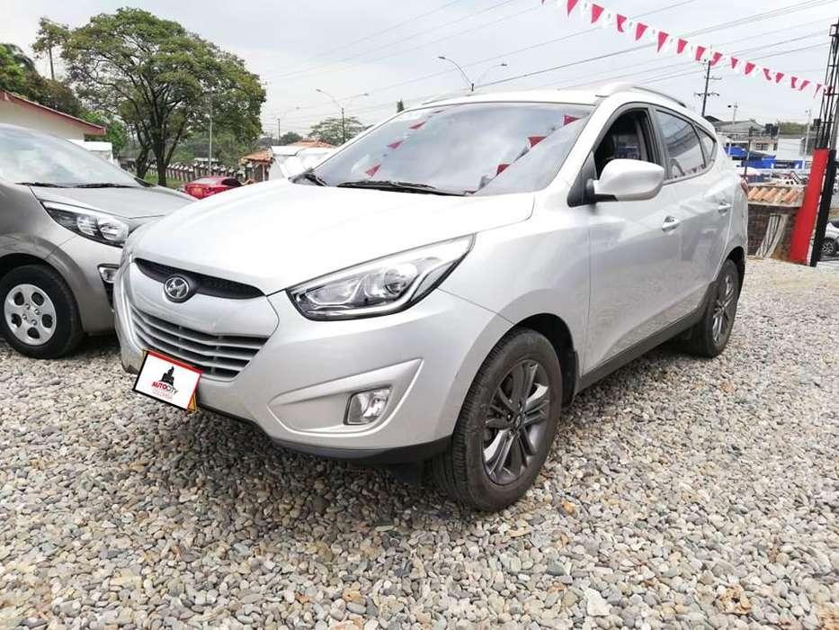 Hyundai Tucson ix-35 2014 - 43800 km