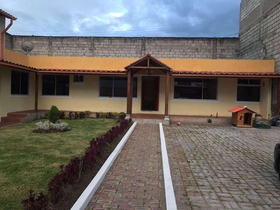 Venta de Casa en El Valle de Los Chillos