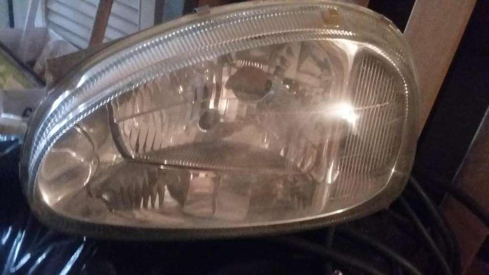 vidrio óptica izquierda corsa