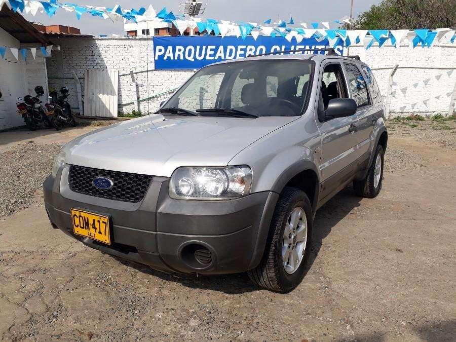 Ford Escape 2006 - 124140 km
