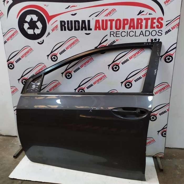 Puerta Delantera Izquierda Toyota Corolla 9500 Oblea:02271309