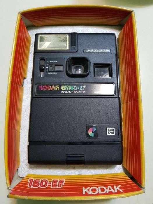 Cámara Instantánea Kodak Ek160-ef Con Flash