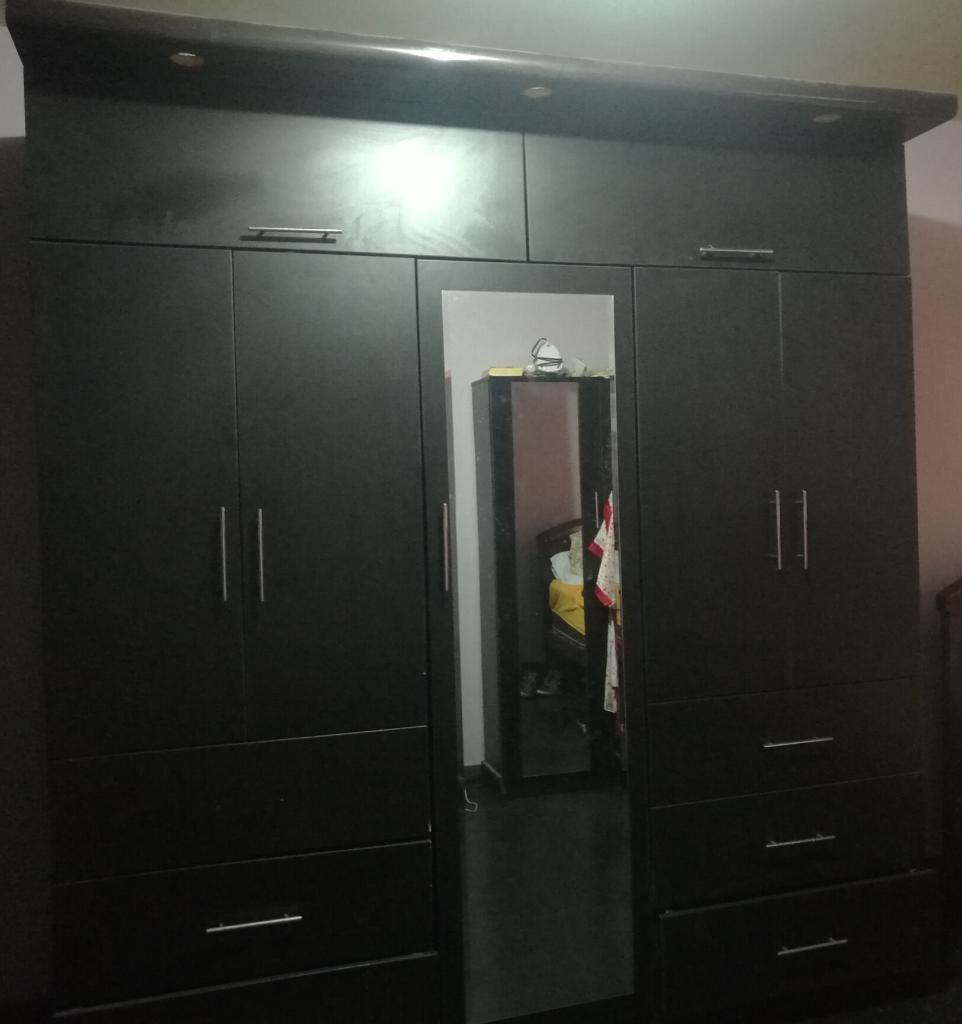 Ropero de Melamina Color Negro