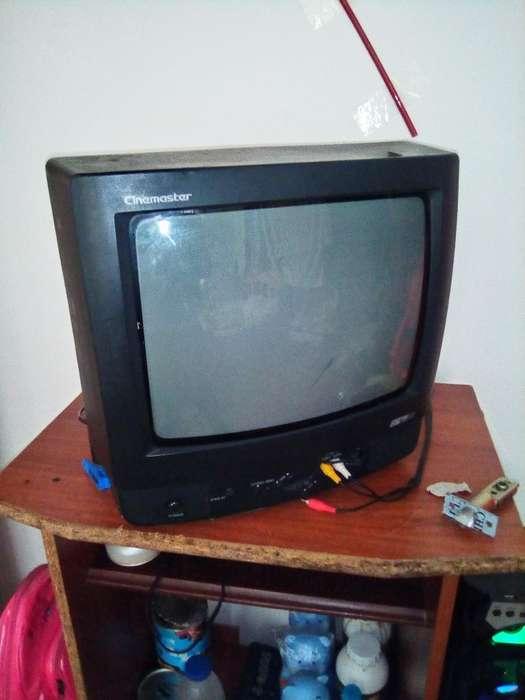<strong>televisor</strong> Pequeño Usado