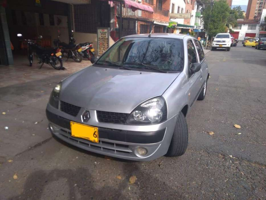 Renault Clio  2005 - 191000 km