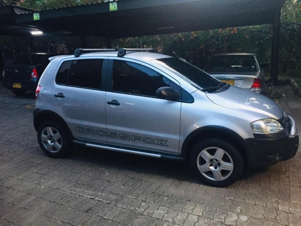 VOLKSWAGEN CROSS FOX IMPECABLE