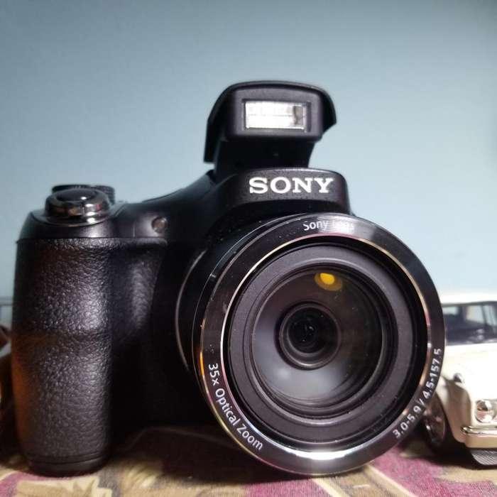 Vendo Hermosa Camara de Fotos <strong>sony</strong>