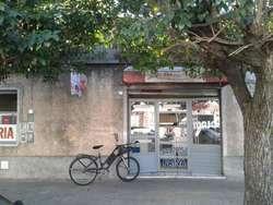 Local en alquiler en Moron Sur