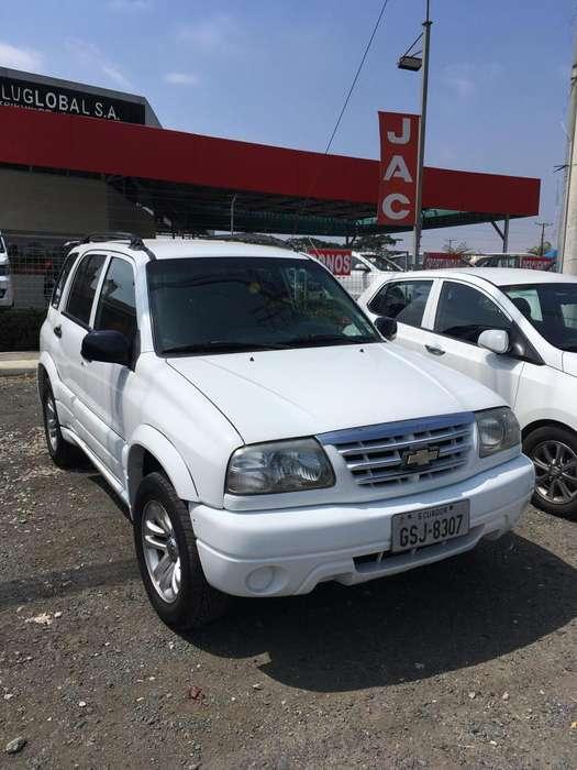 Chevrolet Grand Vitara 2014 - 180000 km