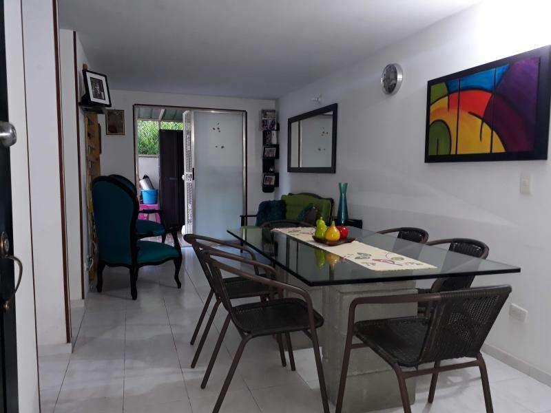 Cod. VBNEI118 Apartamento En Venta En Cali Aguacatal