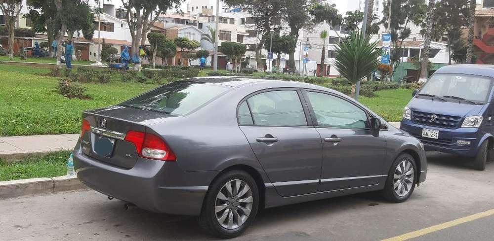 Honda Civic 2010 - 113000 km