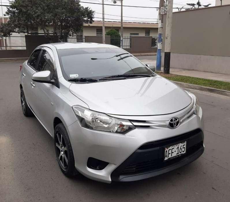 Toyota Yaris 2015 - 43692 km