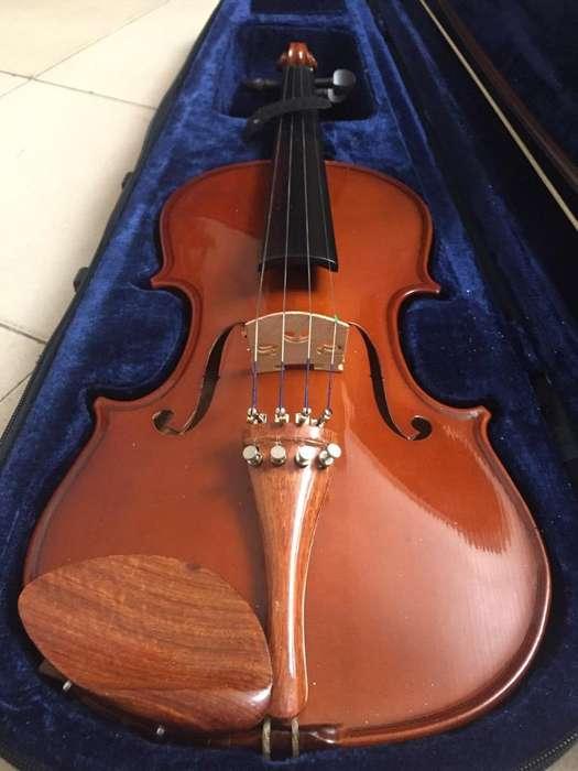 Violin 4/4 Carlo Robelli