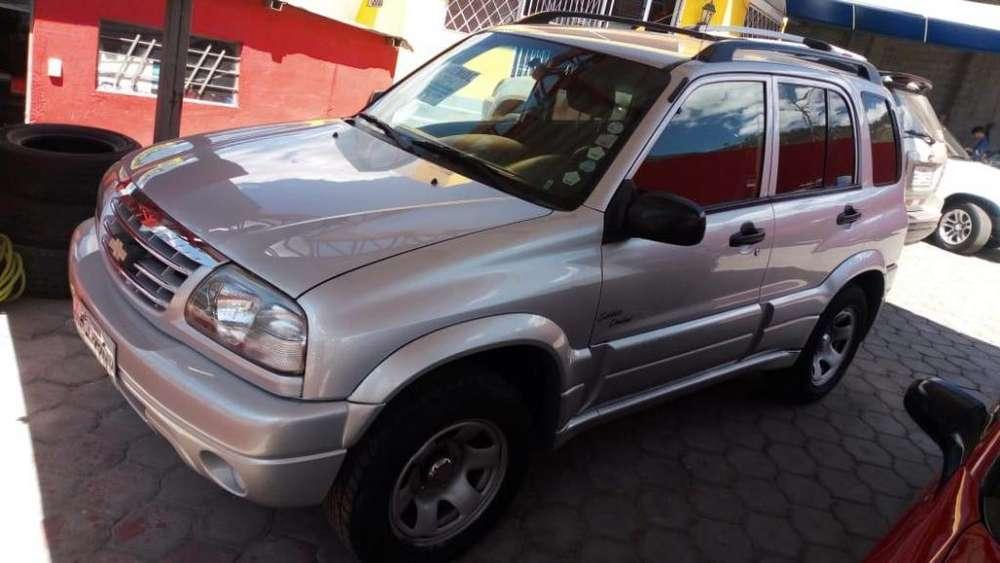 Chevrolet Grand Vitara 2014 - 98000 km