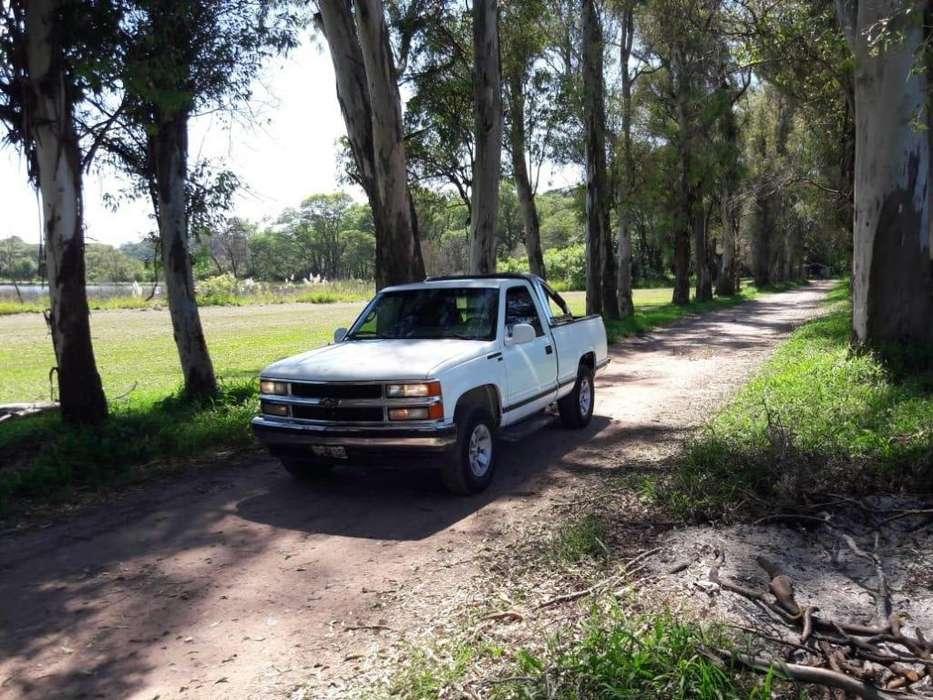 Chevrolet Silverado 2000 - 188400 km