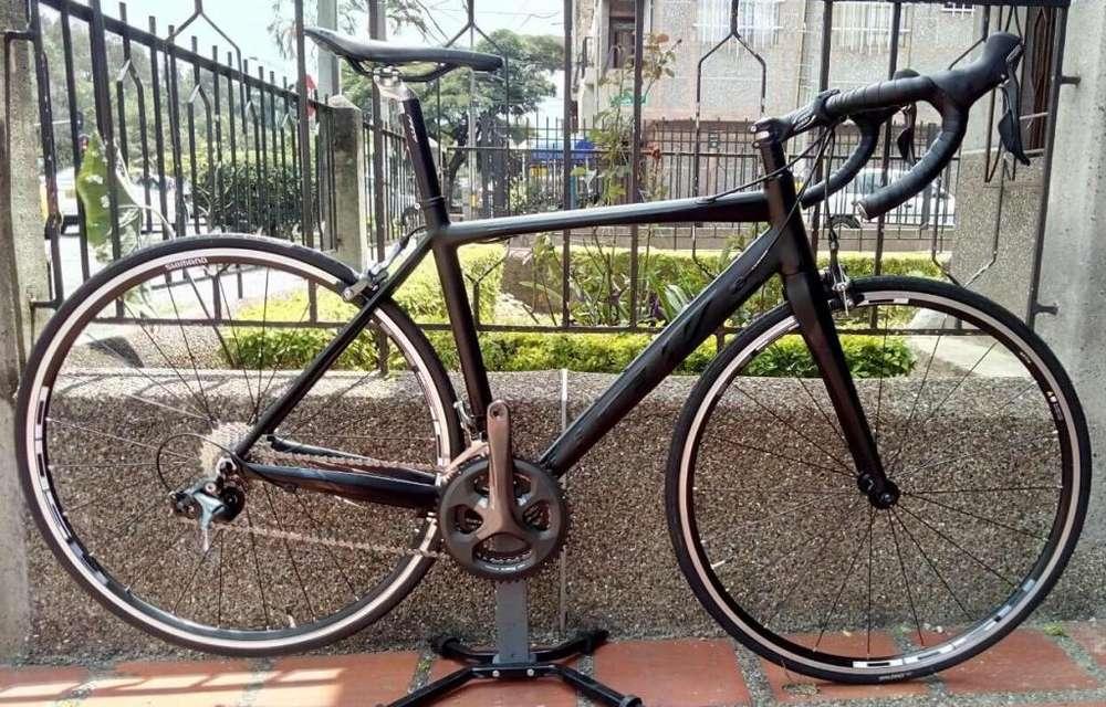 Bicicleta o cuadro y tenedor solos flamma negro x negro 2018 Gw CREDITO a todo el pais
