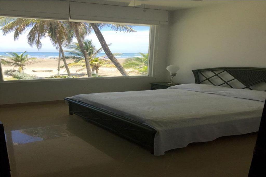 Apartamento En Venta En Cartagena Zona Norte Cod : 10220