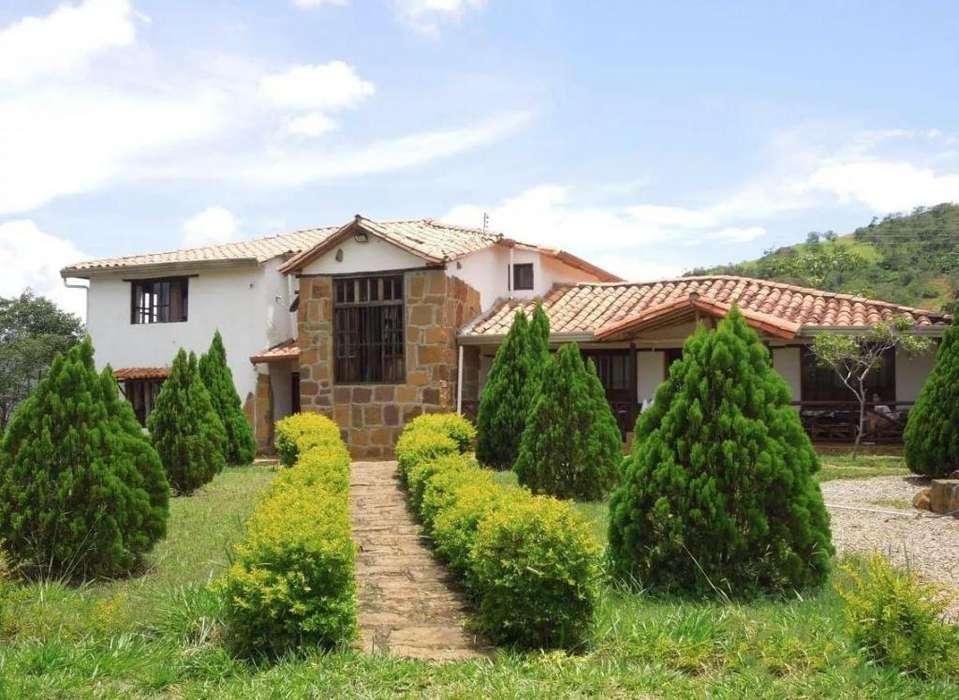 Casa Campestre Barichara, 10 Hectáreas. Finca El Nauno El Manzano, Vereda Higueras.