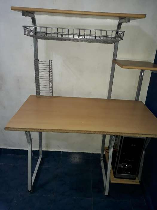 Mesita <strong>escritorio</strong>