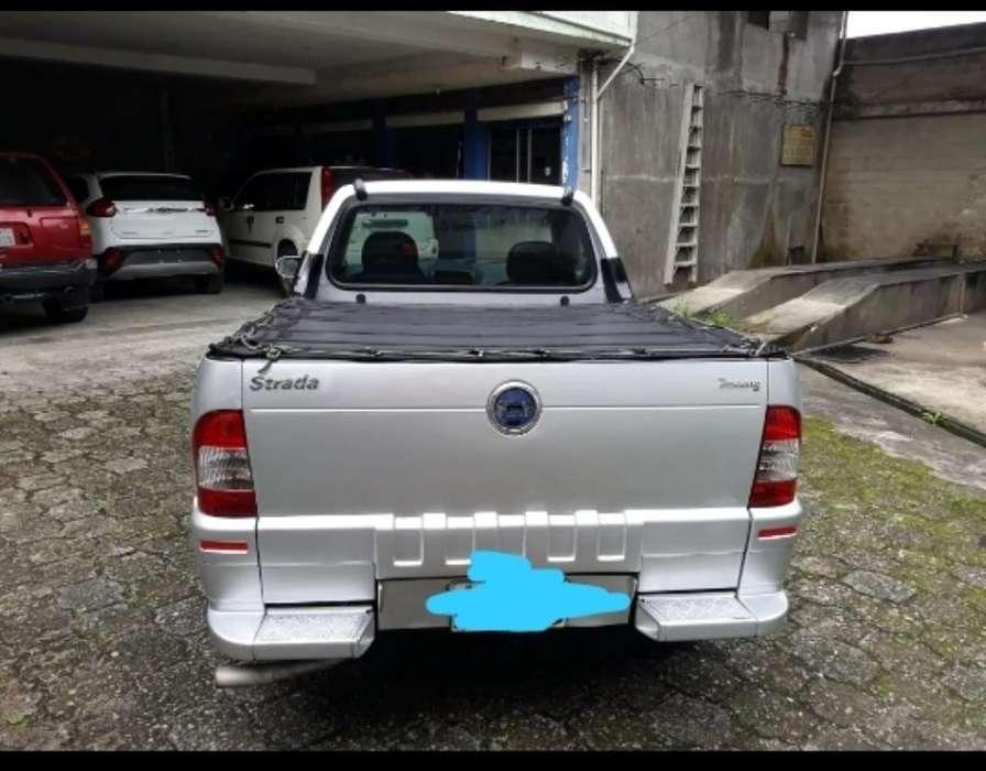 Fiat Strada 2006 - 295000 km