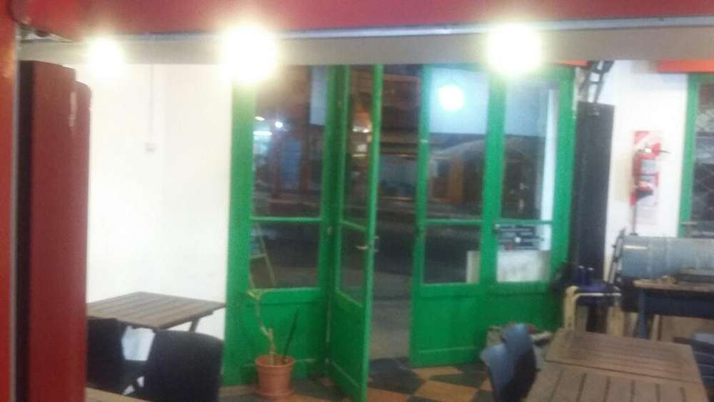 Alquilo Local en Bernal Centro