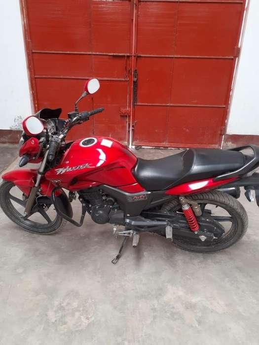 Vendo Moto Como <strong>nueva</strong> Solo con 2000 Klms