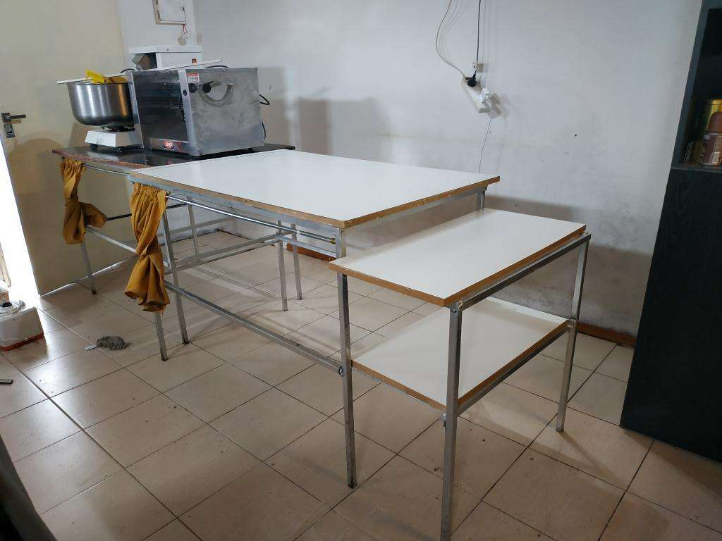 Mesas de Trabajo para Cocina Producción. - Rosario