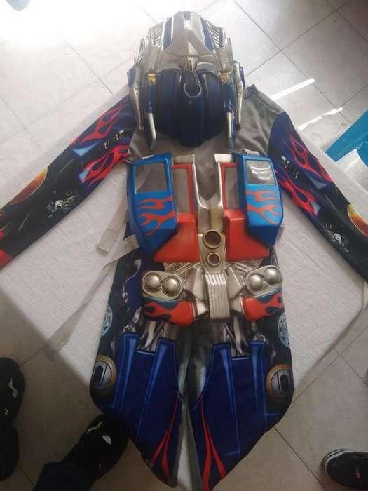 Se vende disfraz transformers