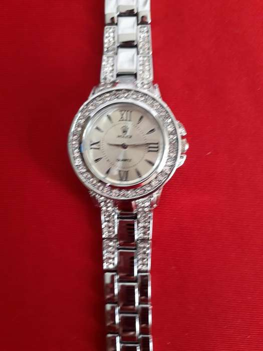 da9001c26553 Marcas de relojes  Relojes - Joyas - Accesorios en venta en Ecuador ...