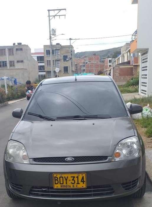 Ford Fiesta  2005 - 115000 km