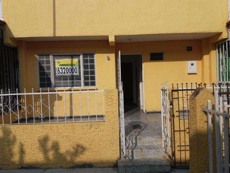 Casa En Arriendo En Bucaramanga Ciudad Bolivar Cod. ABCLV-5616