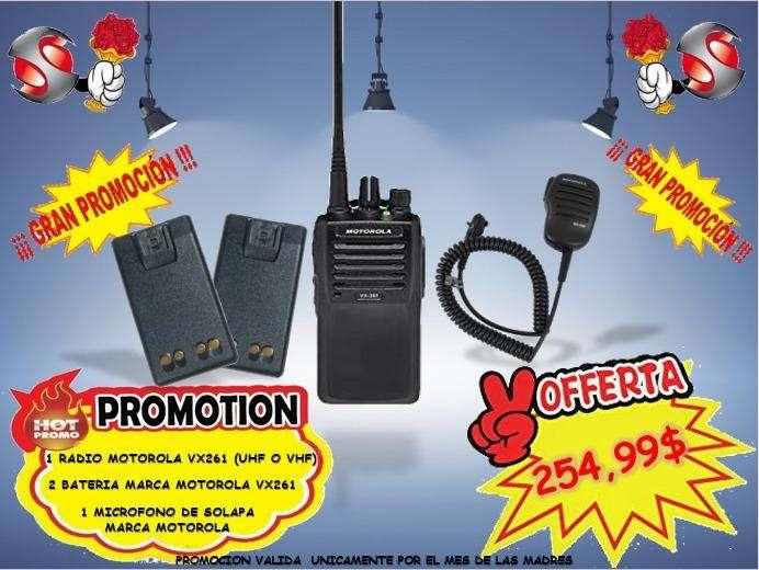 RADIO PORTATIL UHF MOTOROLA COMBO DIA DE LAS MADRES