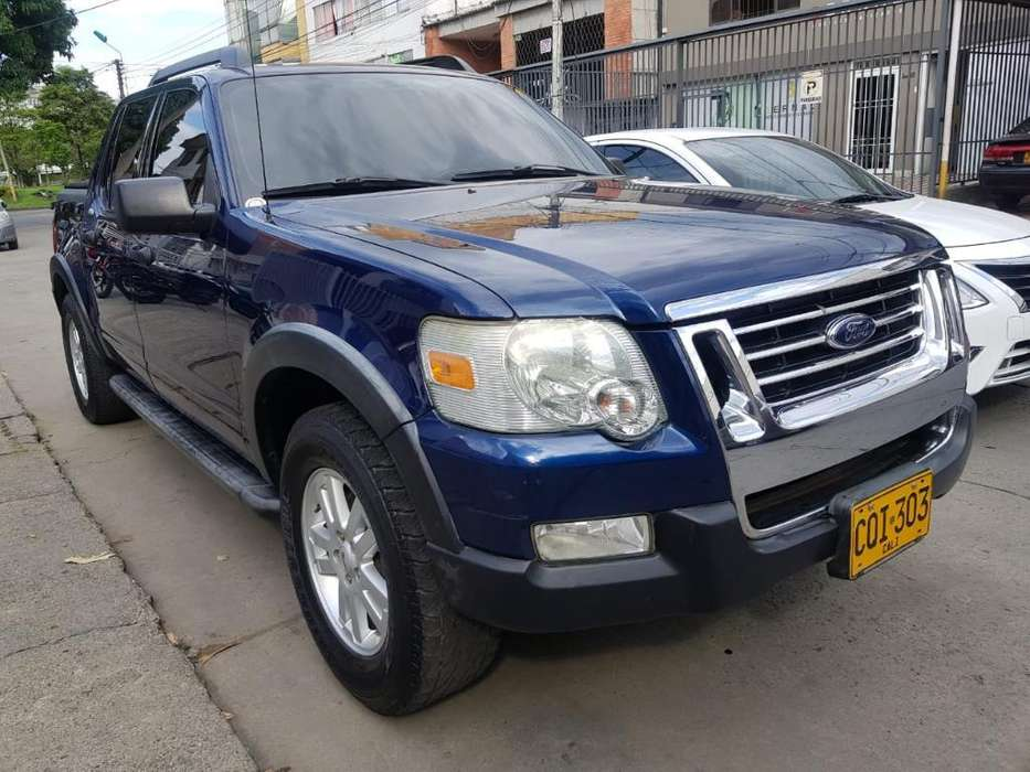 Ford Explorer 2008 - 119000 km