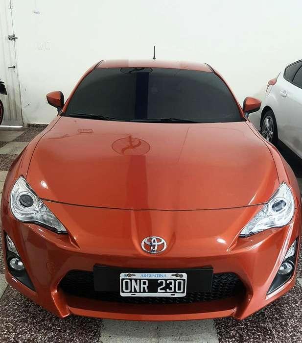 Toyota 86 2015 - 7200 km