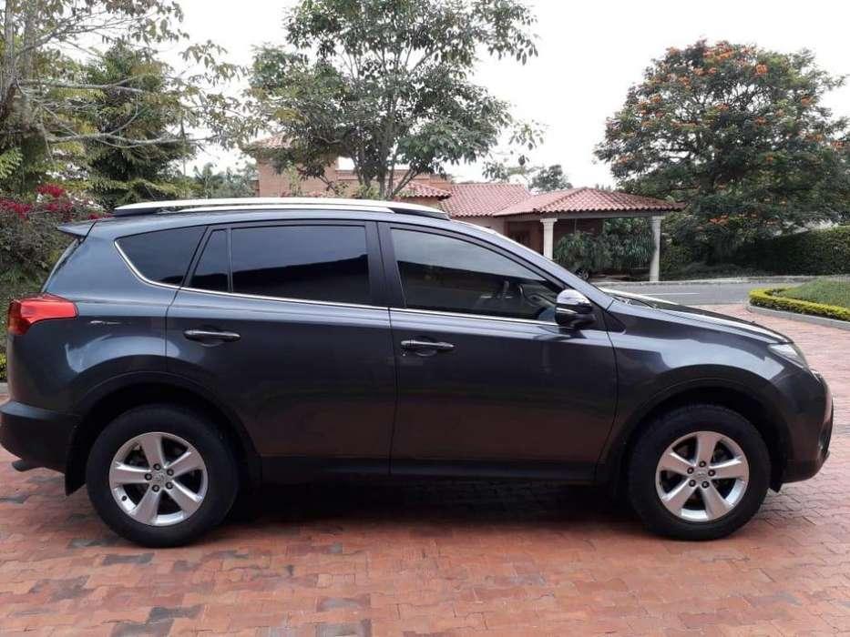 Toyota RAV4 2013 - 81000 km