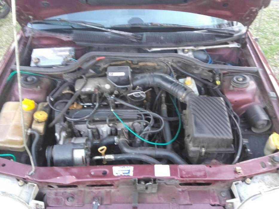 Tapa de Cilindros Ford Orion 2.0