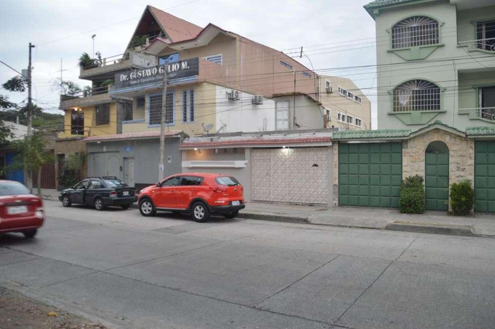 Alamos Norte, Casa en Venta al Norte de Guayaquil
