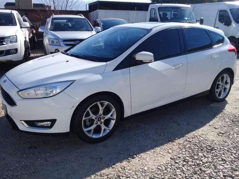 Ford Fiesta  2015 - 101873 km