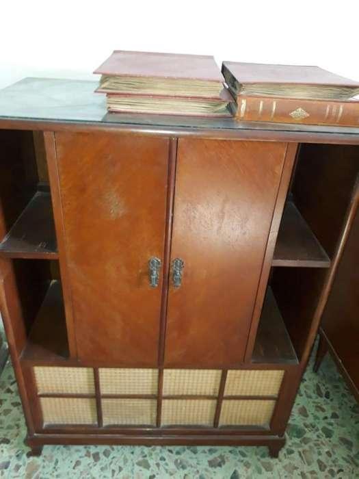 Tocadisco Combinado Mueble Antiguo