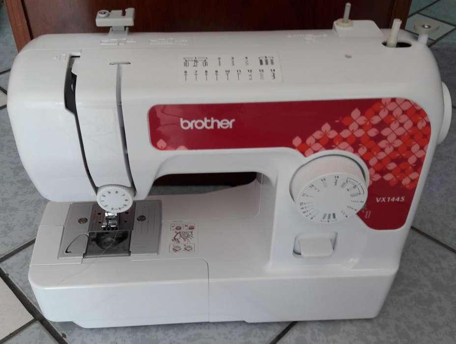 Se Vende maquina de coser marca Brother modelo VX1445